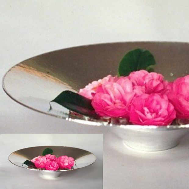 Flower dish (with closeup)